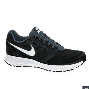 Nike Downshifter 6 Men's Black White Running Shoes